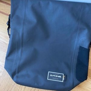 Dakine Roll Top Bag 32l